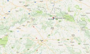 QTH Camping 2000, Janův Důl, naast de berg/tv-toren Ještěd, vlakbij het drielandenpunt Tsjechië, Polen en Duitsland. (Afstand QTH > Liberec = 20km slingerwegen)