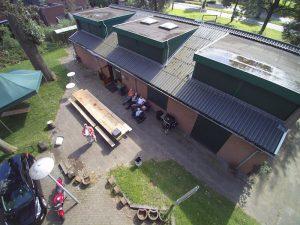 Het nieuwe pand vanuit de lucht (foto Mario PD2MVE)